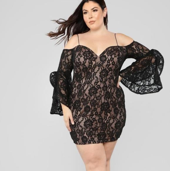 Fashion Nova Plus Southern Belle lace dress